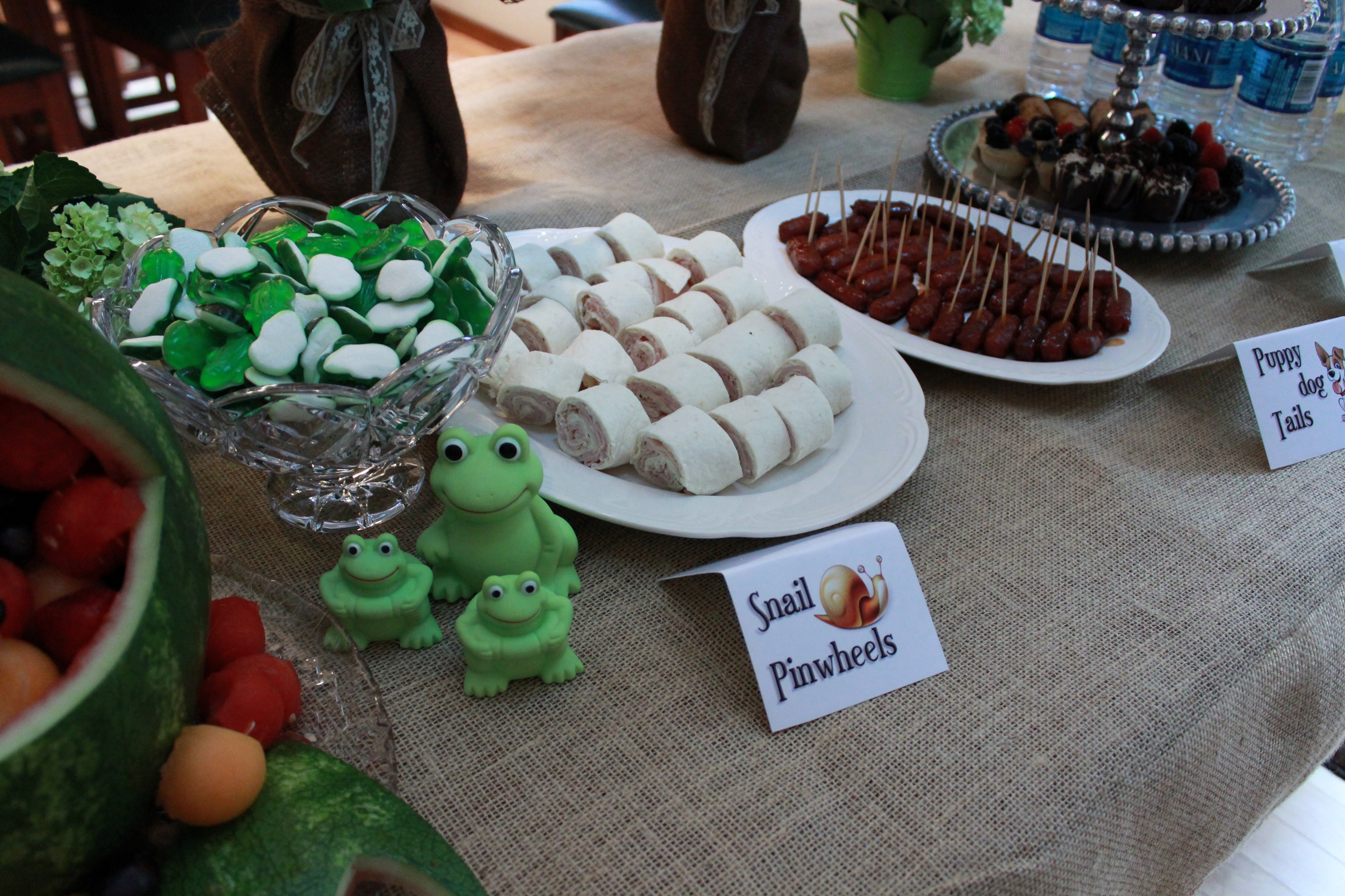 Frogs Snails And Puppydog Tails Baby Shower Skip To Mellu